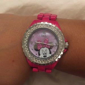 🎀Like new Minnie Mouse watch!!🎀